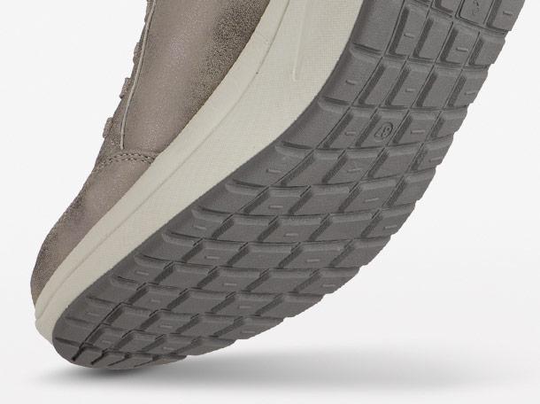 Walkmaxx Classic fényes szabadidőcipő